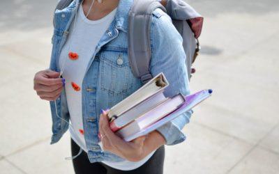 Facebook veut créer une application de messagerie destinée aux lycéens